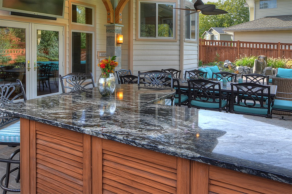 Granite Is So Strong And Durable It S A Great Choice For Outdoors